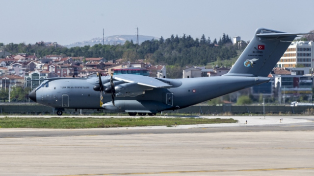 ABD'ye tıbbi yardım taşıyan uçak Ankara'dan havalandı