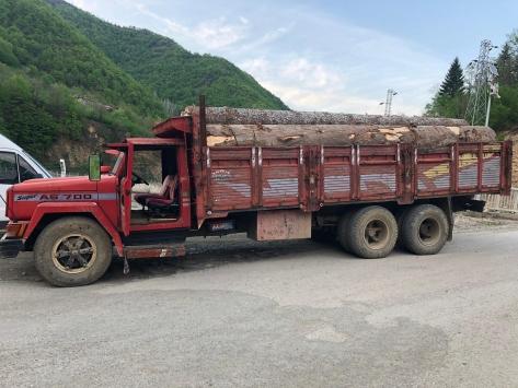 Artvinde 10 metreküp kaçak orman emvali ele geçirildi