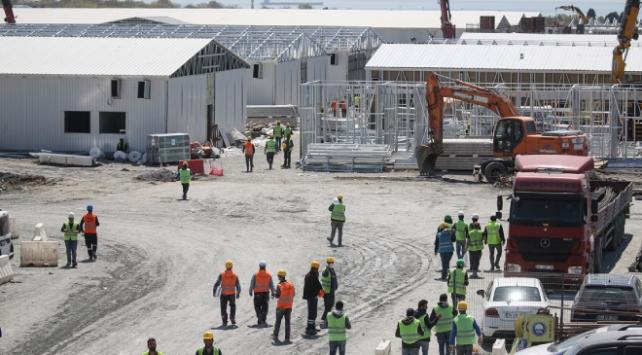 8 bin kişi İstanbuldaki hastanelerin inşaatı için çalışıyor