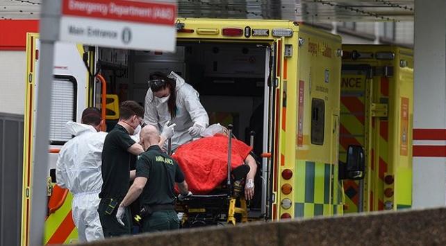 İngilterede can kaybı 22 bine yaklaştı