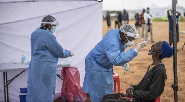 Afrikada koronavirüs kaynaklı can kaybı artıyor