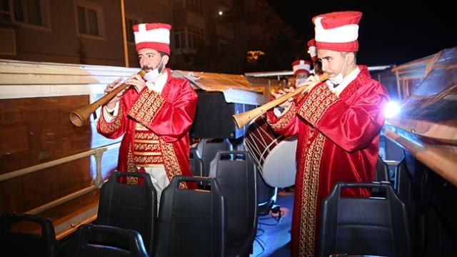 Nevşehir'de vatandaşlar sahura mehter marşı ile kalktı