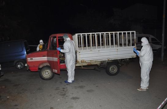 Antalyada tamir için sanayiye getirilen kamyonette bir kişi ölü bulundu