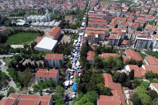 Trakyanın en büyük halk pazarı açık havada son kez kuruldu