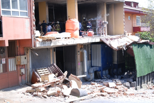 Pendikte, iş yerinde meydana gelen patlamada bir kişi yaralandı