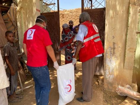 Türk Kızılay, Sudandaki ihtiyaç sahiplerine yardımlarını sürdürüyor