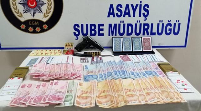 Evde kumar oynayan 10 kişiye 39 bin lira ceza
