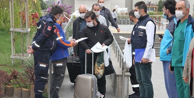 Bakan Kasapoğlu: 34 bin 452 vatandaş yurtlardan ayrıldı