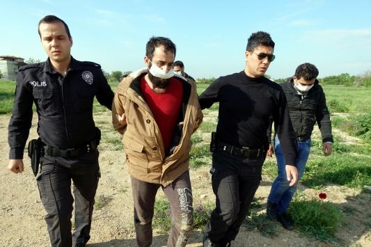 """Kırklarelinde polisin """"dur"""" ihtarına uymayan şüpheliler kovalamaca sonucu yakalandı"""