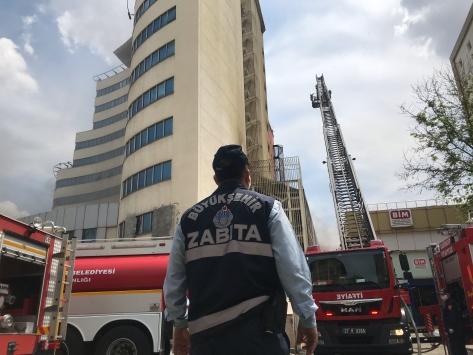 Gaziantepteki boş otelde yangın çıktı