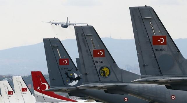 Türkiye yardımlarıyla hem gücünü hem potansiyelini dünyaya gösteriyor