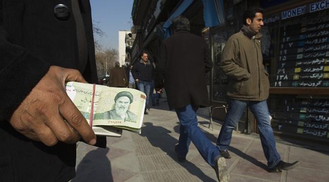 İran ekonomisi, ABD yaptırımları ve koronavirüs kıskacında