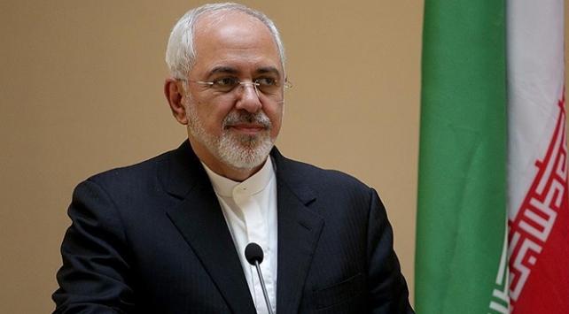 İran Dışişleri Bakanı Zarif, Irak'ta güvenoyu alan Kazimi'yi tebrik etti