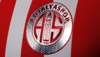 Antalyaspor 3 futbolcuya veda etti