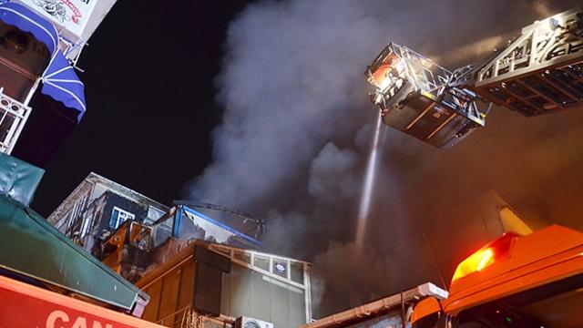İstanbul'da balık restoranında yangın