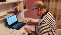 Arnavutluk'un Ankara Büyükelçisi Ribo evde Türkçe öğreniyor