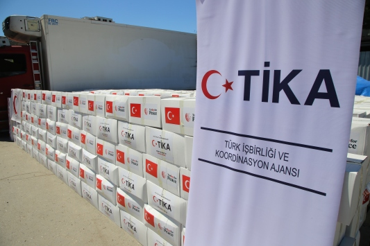 TİKA, Azerbaycanda 2 bin 500 aileye gıda yardımı yaptı