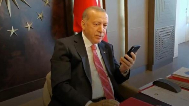 Cumhurbaşkanı Erdoğan, kampanyaya yüzüğüyle destek olan Öksüz ile görüştü