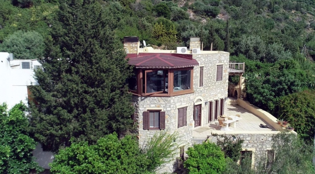 Can Dündar'ın villası kaçak çıktı