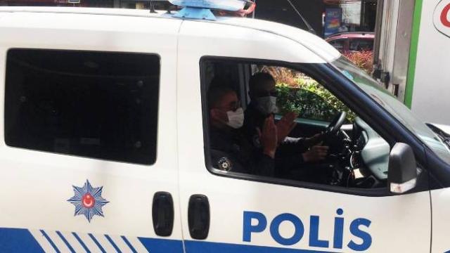 """Polis çocukların neşesine """"Arkadaşım Eşek"""" ile ortak oldu"""