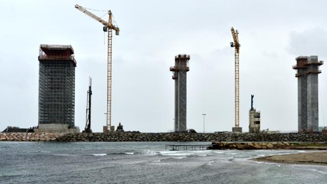 Sembollerin köprüsünde son kule bloku yerleştirilecek