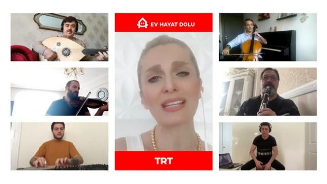 TRT İstanbul Radyosu sanatçıları sağlık çalışanları için şarkı söyledi