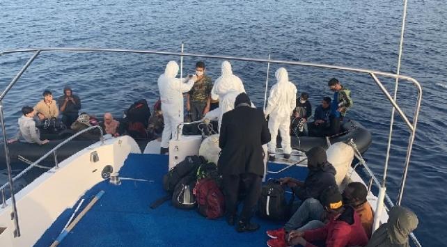 Ölüme terk edilen düzensiz göçmenleri Türkiye kurtardı