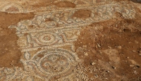4 asırlık camide altın işlemeler bulundu