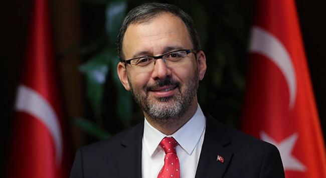 Bakan Kasapoğlundan Medipol Başakşehire tebrik
