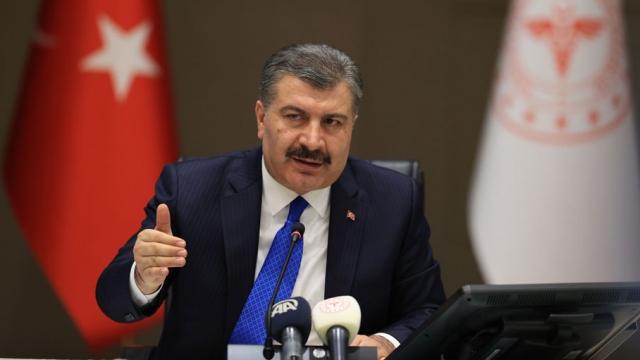 Bakan Koca: Türkiye salgını en az zararla atlatan ülkelerin başında geliyor