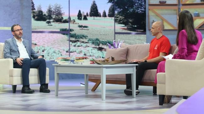 Bakan Kasapoğlu TRT 1'in Zinde Kal programına konuk oluyor
