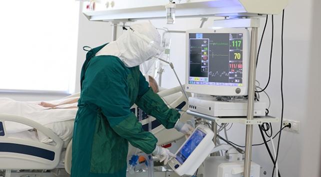Türkiyede COVID-19u atlatan hasta sayısı 112 bin 895e ulaştı