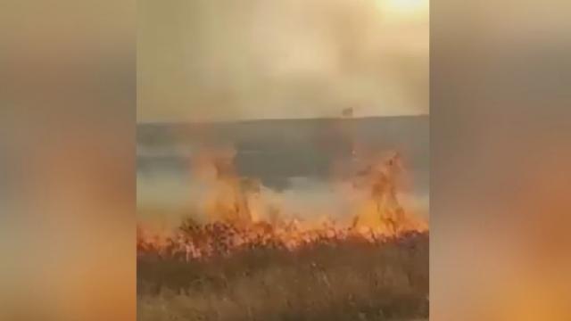 PKK/YPG, sivillerin tarım arazilerini yakıyor