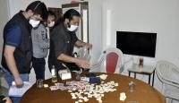 Karaman'da eve kumar baskını: 17 gözaltı