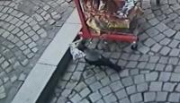 Kastamonu'da kargalar cips paketlerine dadandı