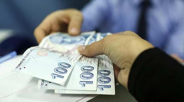Kamu işçilerinin ilave ücretlerinin ikinci taksit ödemeleri başladı