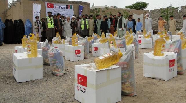 Afganistandaki ihtiyaç sahiplerine 40 ton gıda yardımı