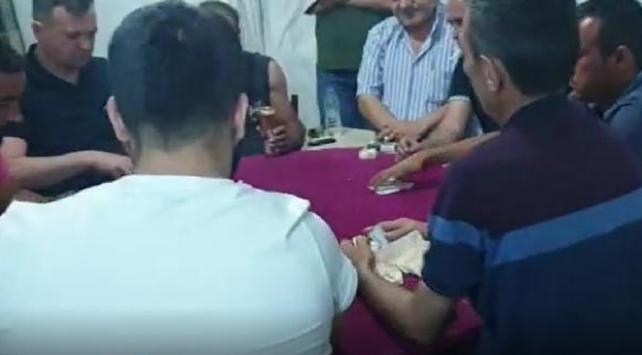 Kumar oynarken yakalanan 13 kişi 57 bin lira para cezası