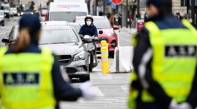 Fransada koronavirüs kaynaklı can kaybı 28 bini aştı