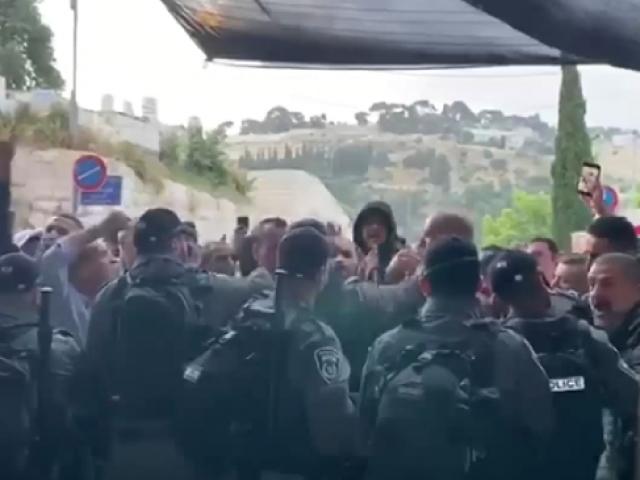 İsrail bayram sabahında da saldırdı