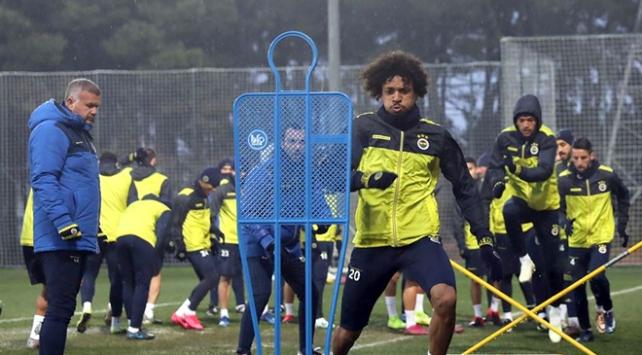 Fenerbahçede Covid-19 testleri negatif çıktı