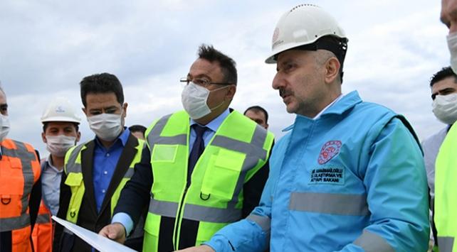 Bakan Karaismailoğlu: Ankara-Sivas YHT hattı bu yıl hizmete girecek