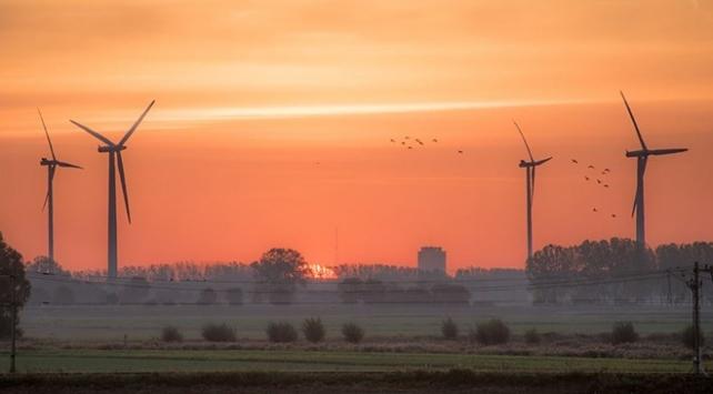 Salgın, enerji yatırımlarında tarihin en büyük düşüşüne sebep olacak