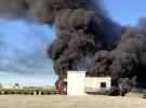 Mersin'de depo yangını: 1 ton naylon kül oldu