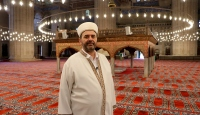 Din görevlileri heyecanla cemaati bekliyor