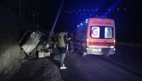 Arı sokan arkadaşını hastaneye götürürken kaza yaptı: 4 yaralı