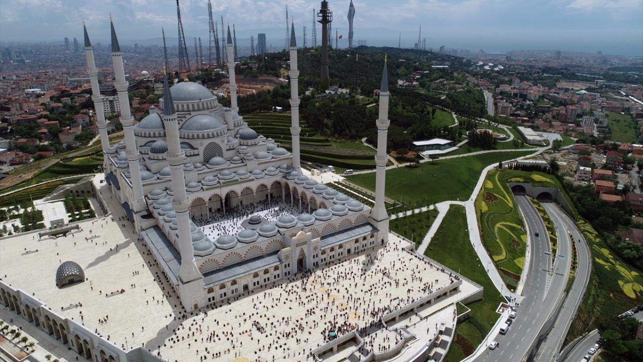 İstanbul-Büyük Çamlıca Camii