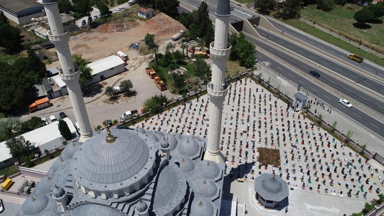 İzmir-İzmir Bilal Saygılı Camii