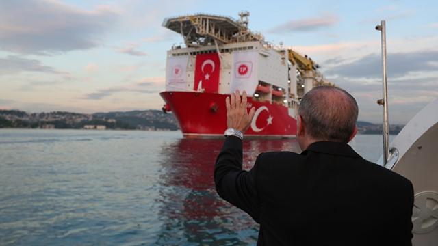 'Fatih' Karadeniz seferine başladı