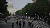 Beyaz Saray önünde Floyd protestosu